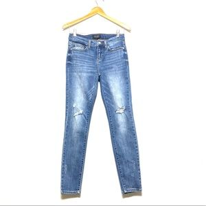 JUDY BLUE Distressed Jeans Skinny Jeans Size 5/27